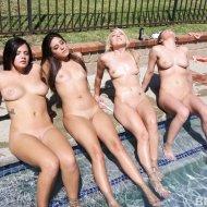 bffs_pool_party_070